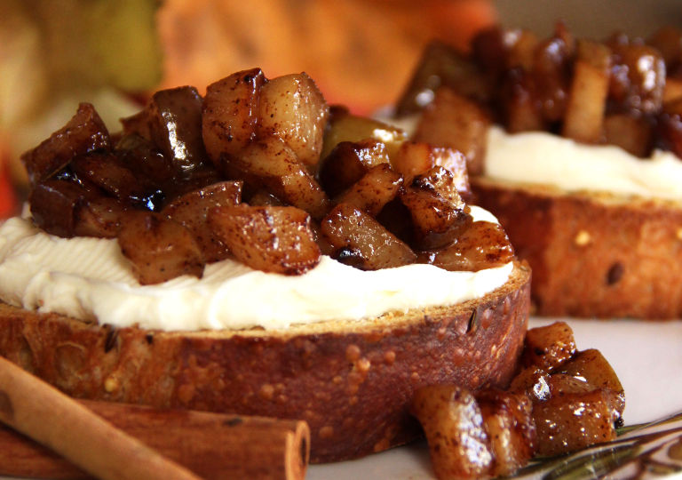 Cinnamon-Balsamic Pear Bruschetta